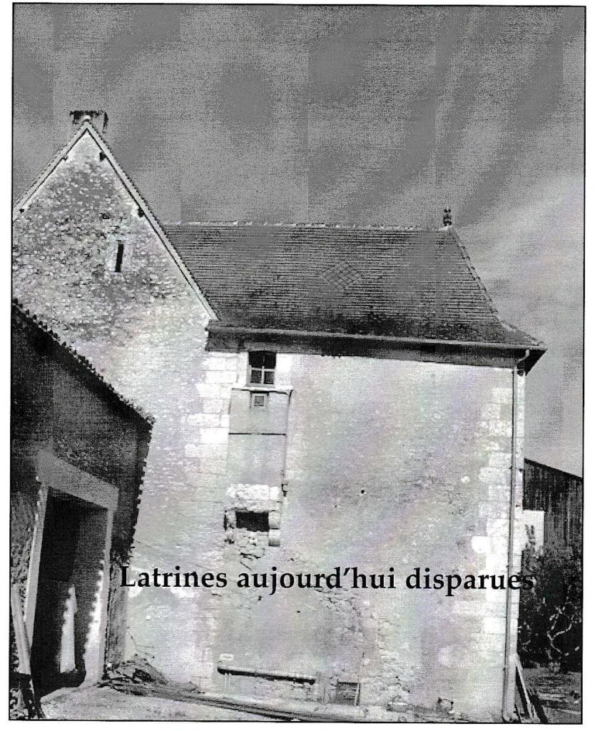 latrines disparues